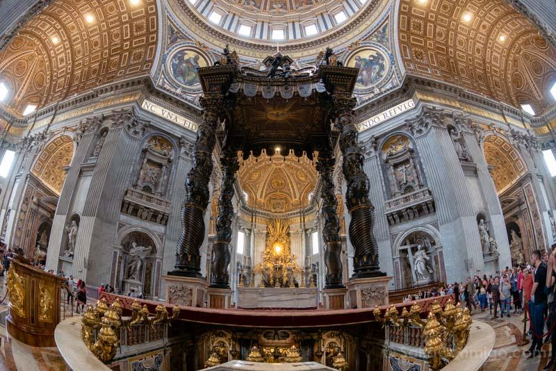 Iglesias de Roma Basilica San Pedro Baldaquino Ojo Pez
