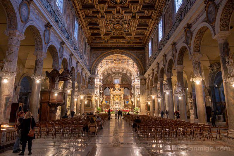 Iglesias de Roma Basilica Santa Maria Aracoeli Nave
