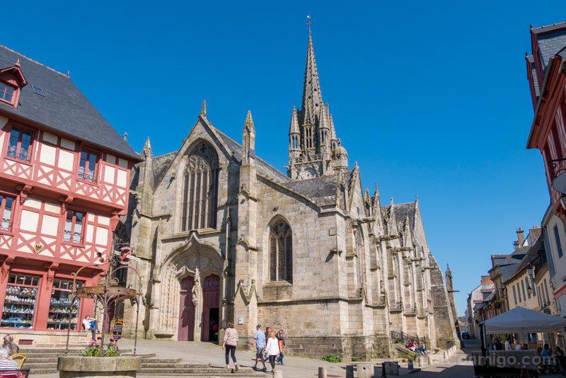 Pueblos Bretana Francia Josselin Iglesia Notre-Dame-du-Roncier