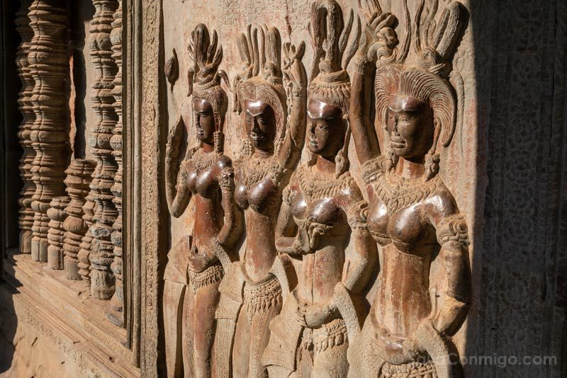 Angkor-En 2 Dias Angkor Wat Apsaras