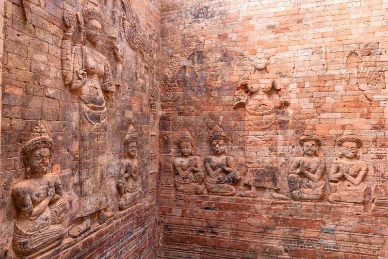 Angkor En 2 Dias Prasat Kravan Relieves Ladrillos