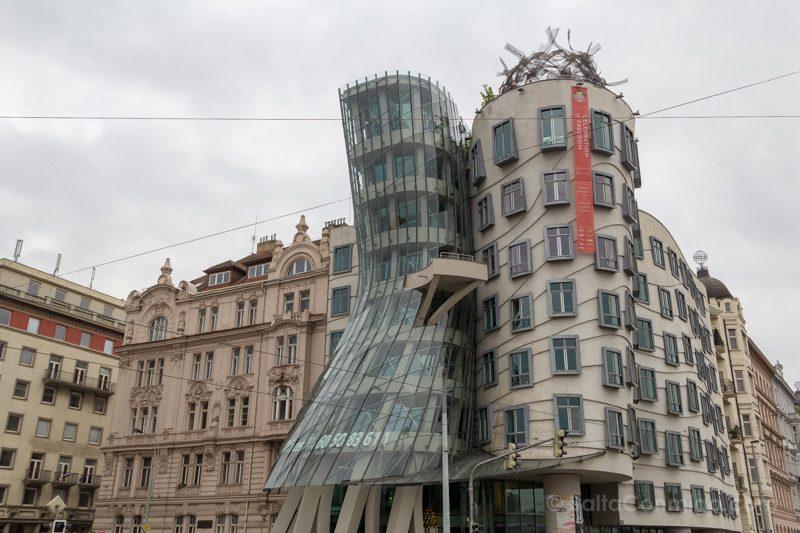 Arquitectura Contemporanea Frank Gehry Casa Danzante Praga