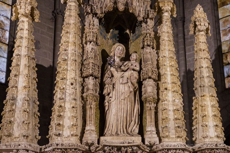 Basilica Santa Maria Castello Empuries Retablo Detalle Virgen