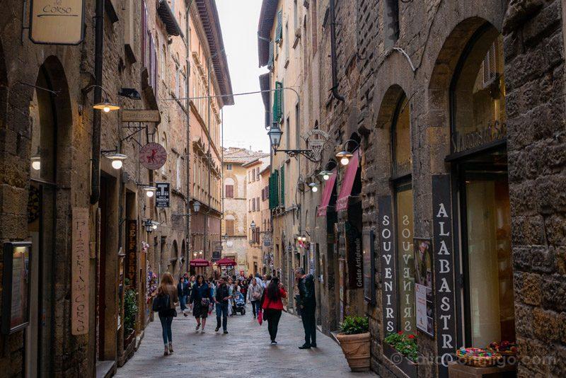 Que Ver En Volterra Toscana Tiendas Alabastro