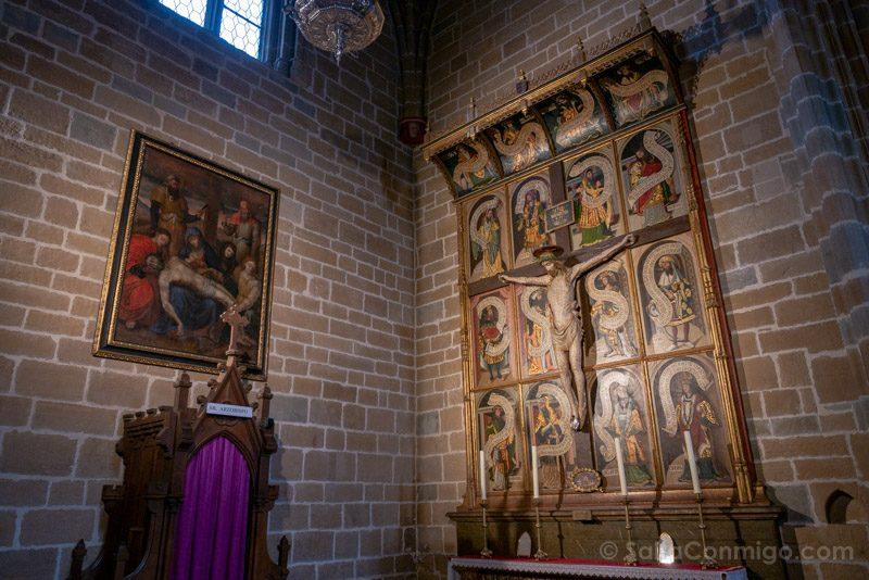Catedral de Pamplona Iglesia Interior Capilla Santa Cristina