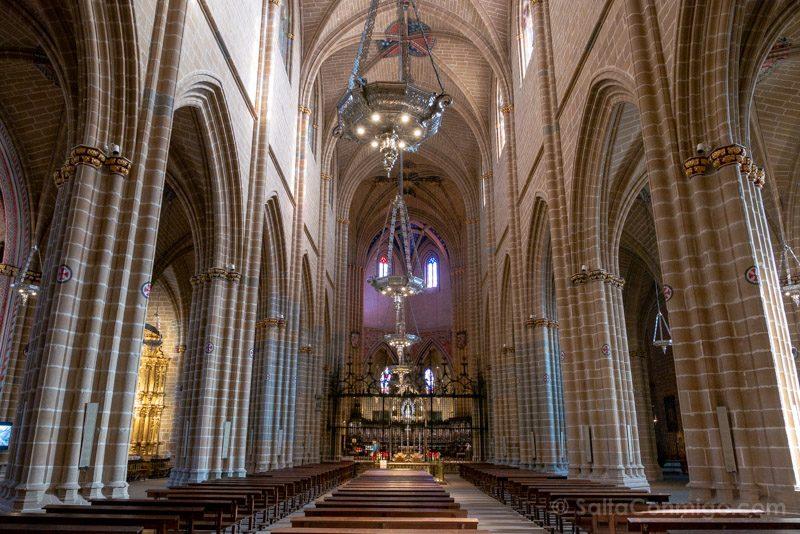 Catedral de Pamplona Iglesia Interior Nave Central