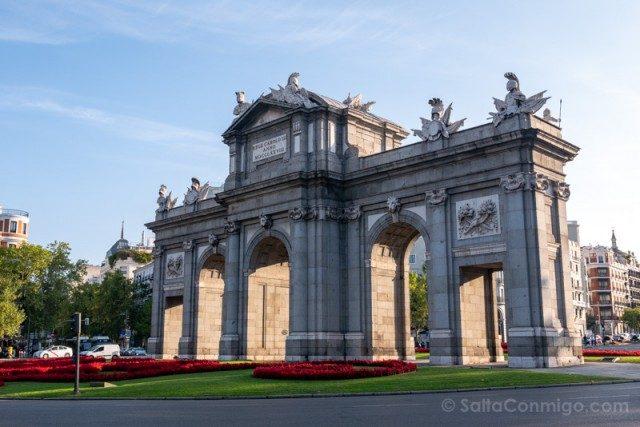 Fin de semana en Madrid Puerta Alcala Interior