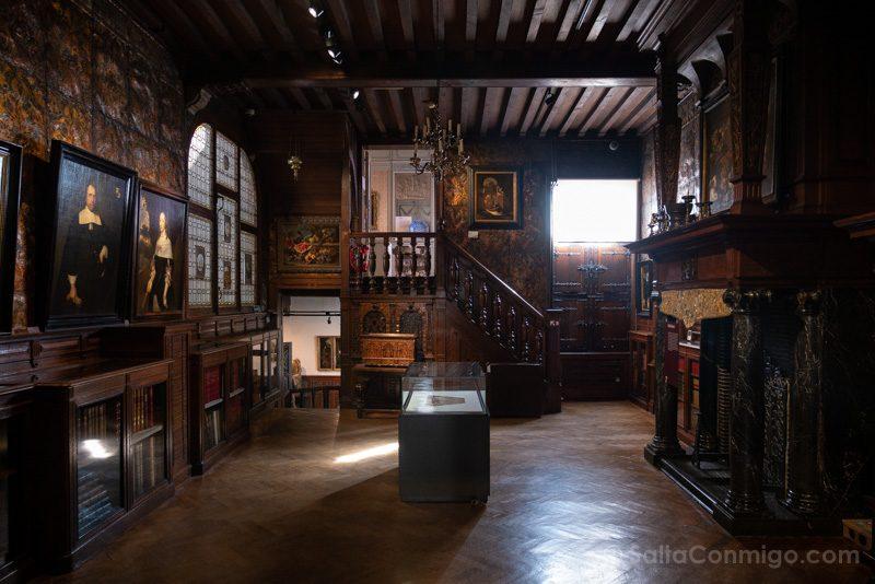 Museos de Amberes Mayer van den Bergh Sala Cuero
