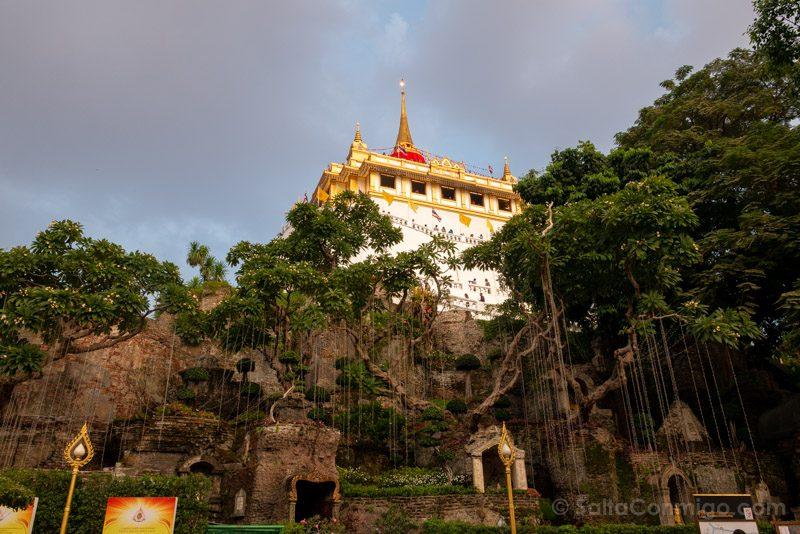 Que Ver En Bangkok Montana Dorada Wat Saket