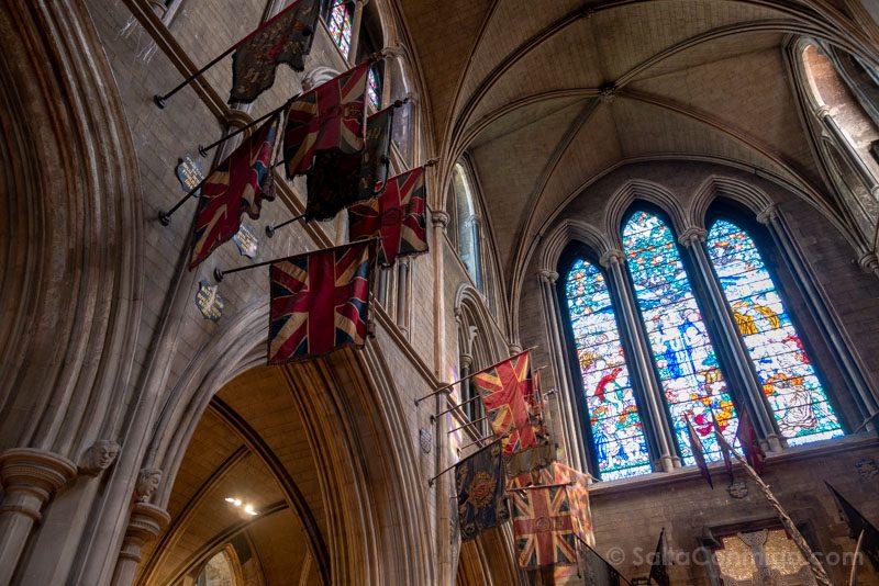 Catedrales Dublin San Patricio Interior Estandartes