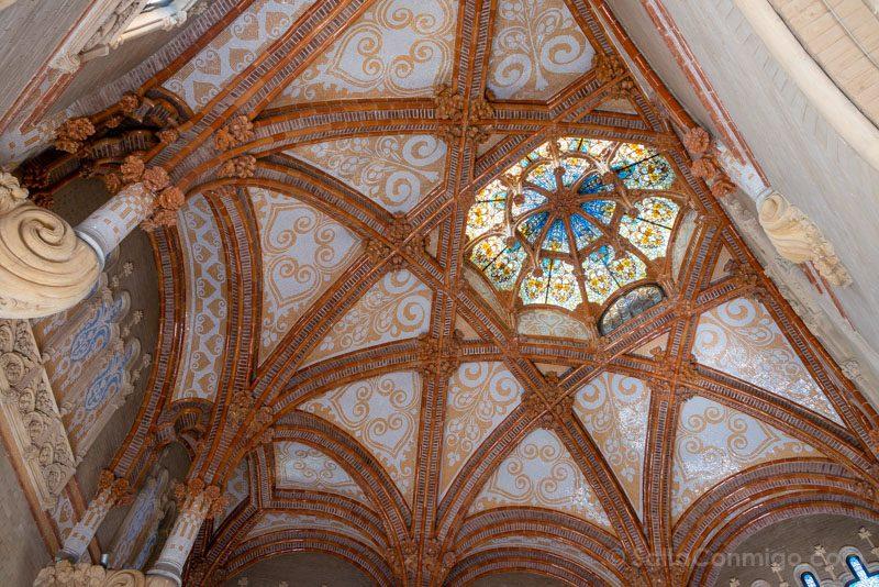 Hospital Santa Creu Sant Pau Modernista Escalera