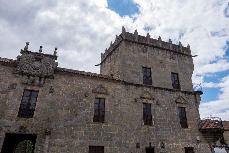 Palacio Fefinanes Pazo Fefinans Torre Homenaje
