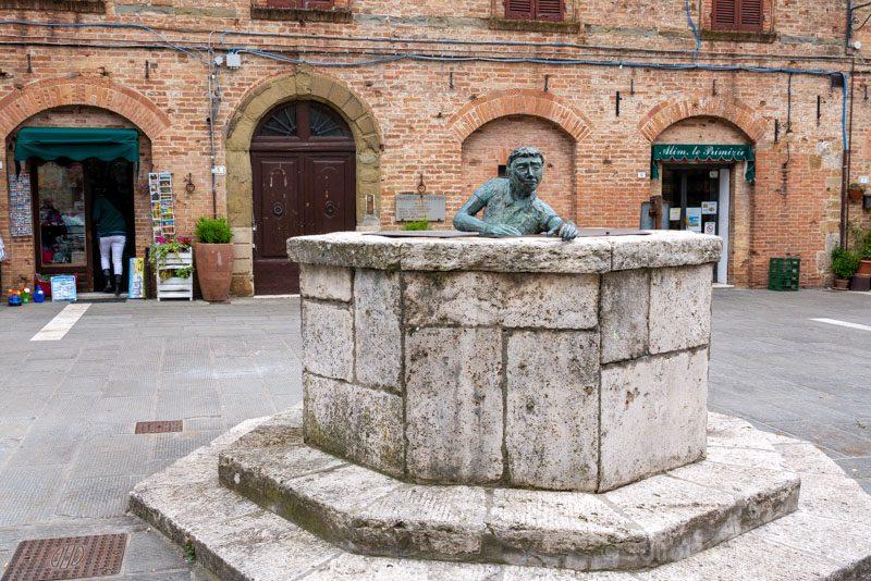 Pueblos Toscana Casole Elsa Pozo Estatua