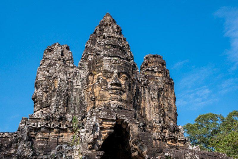 Que Ver en Angkor Thom Puerta Sur Caras