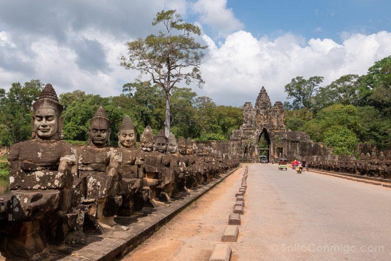 Que Ver en Angkor Thom Puerta Sur