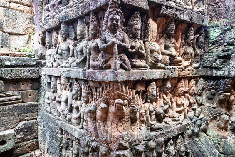 Que Ver en Angkor Thom Terraza Rey Leproso Relieves