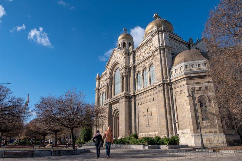 Que Ver en Varna Bulgaria Catedral Asuncion Virgen