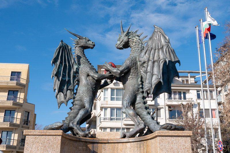 Que Ver en Varna Bulgaria Dragones