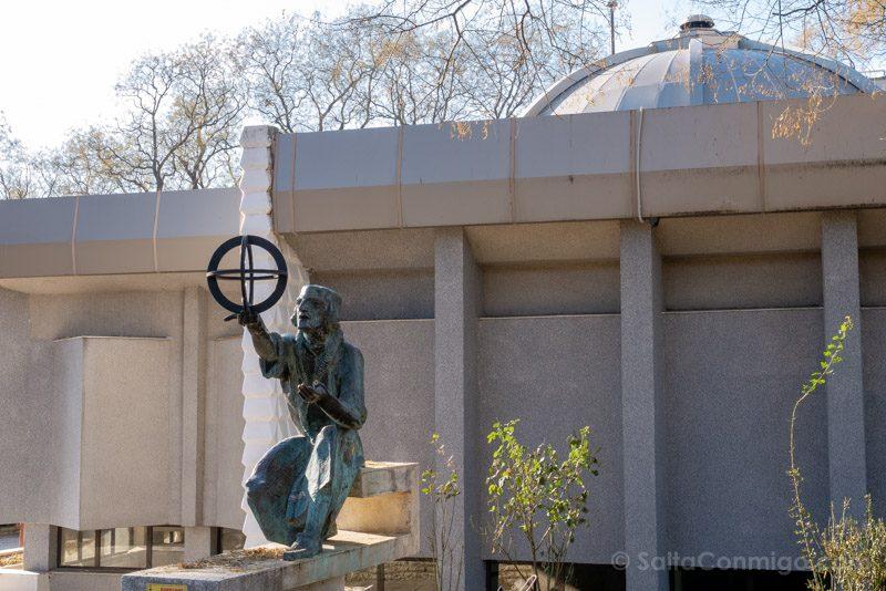 Que Ver en Varna Bulgaria Parque Litoral Observatorio Copernico