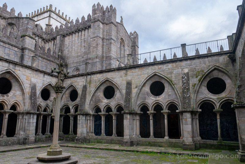 Catedral de Oporto Claustro Crucero Torres