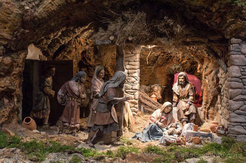 Navidad Madrid Belen Basilica San Miguel