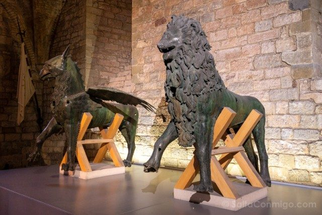 Estatuas del grifo y el león de Perugia