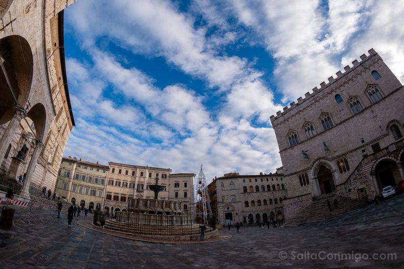 Piazza IV novembre, el centro neurálgico de Perugia