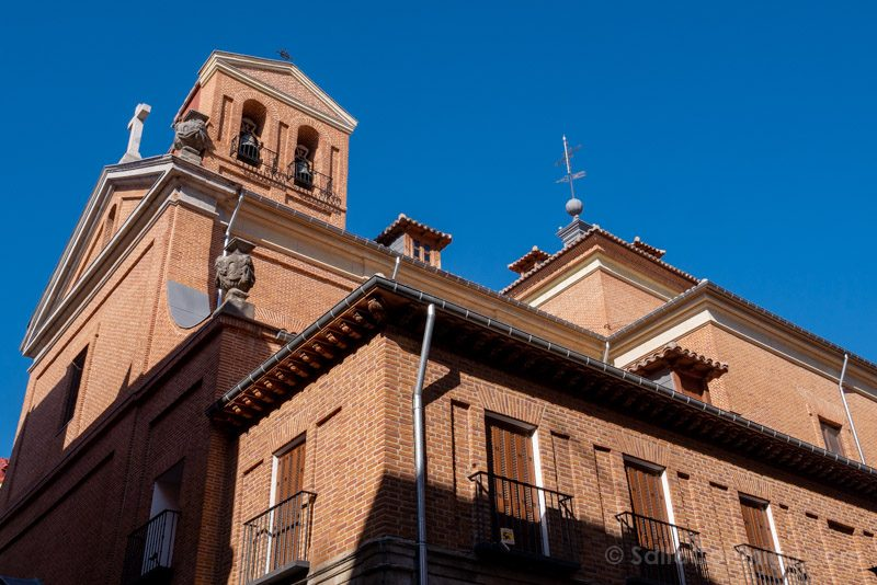 Que Ver en Malasana Plaza Dos De Mayo Iglesia Maravillas
