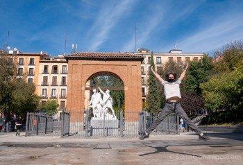 Que Ver en Malasaña Plaza Dos De Mayo Monumento Salto