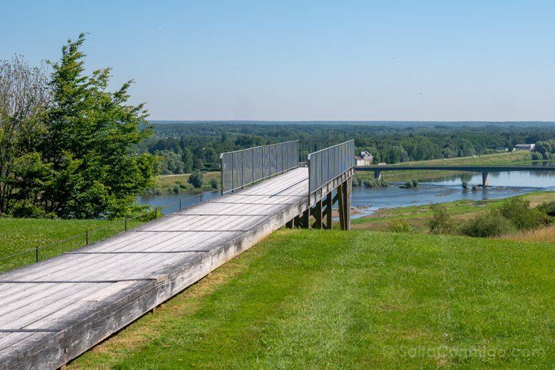 Mirador sobre el río Loire desde el parque histórico