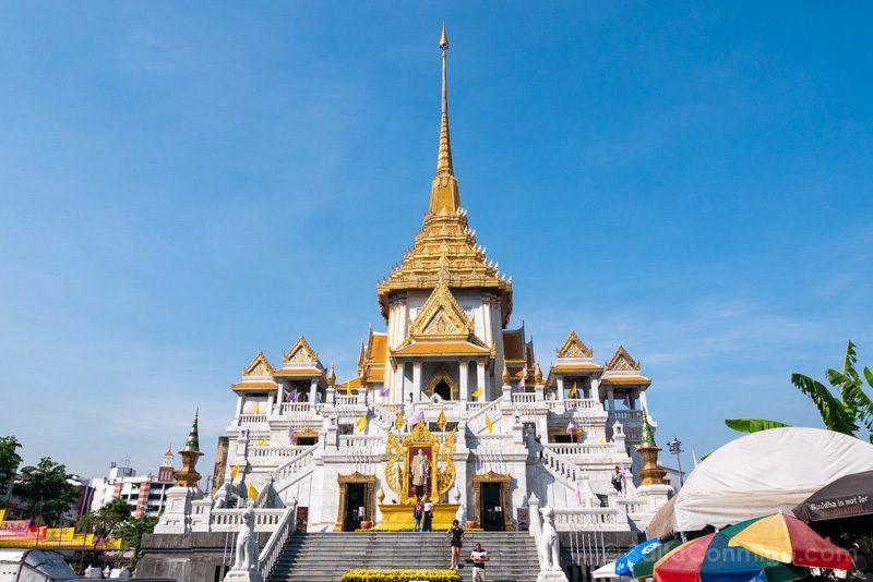 Templos de Bangkok Wat Traimit Edificio
