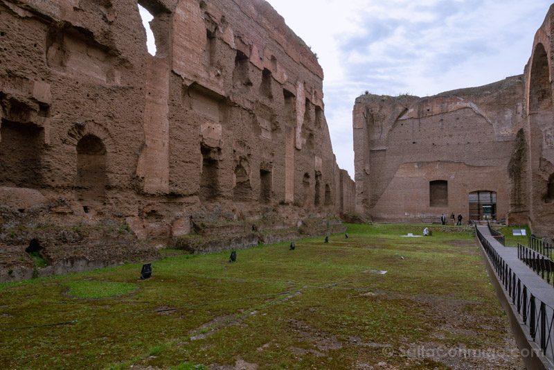 Termas De Caracalla Roma Edificio Principal Natatio Piscina