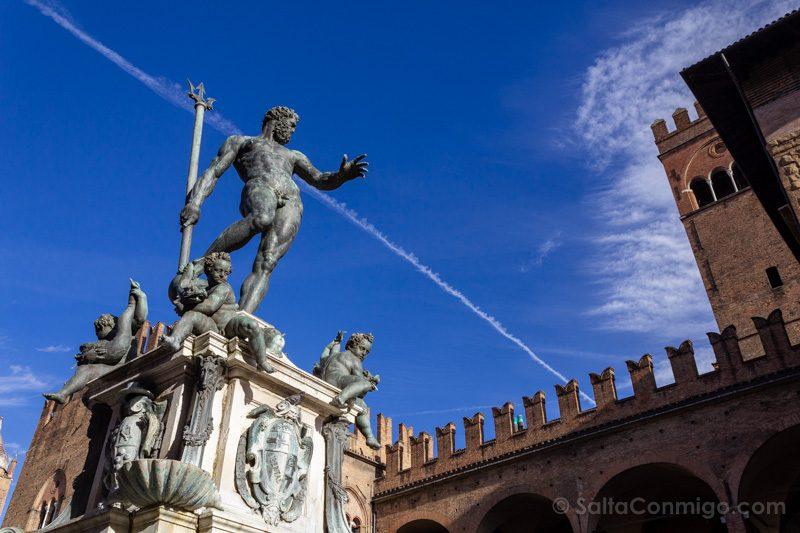 Bolonia Alrededores Estatua Nettuno