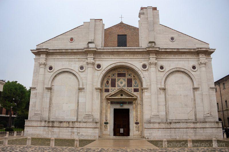 Bolonia Alrededores Rimini Tempio Malatestiano