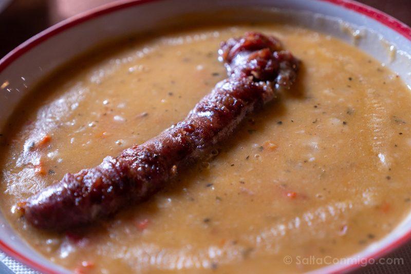 Comer En Bulgaria Sopa Salchicha