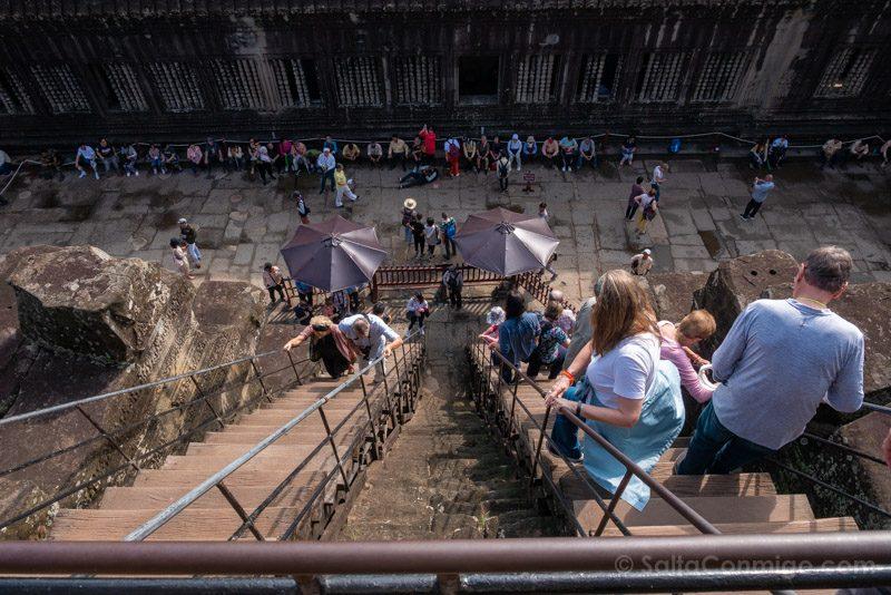 Que Ver En Angkor Wat Bakan Escalera