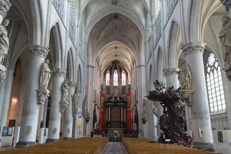 Que Ver En Malinas Catedral San Rumoldo Interior