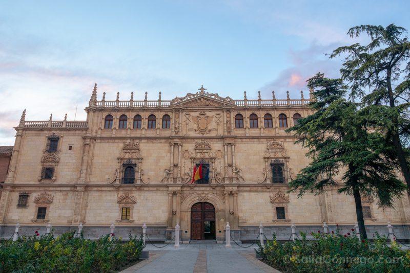 Universidad Alcala de Henares Fachada