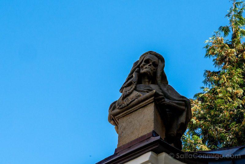 Abadia Krzeszów Polonia Esqueleto