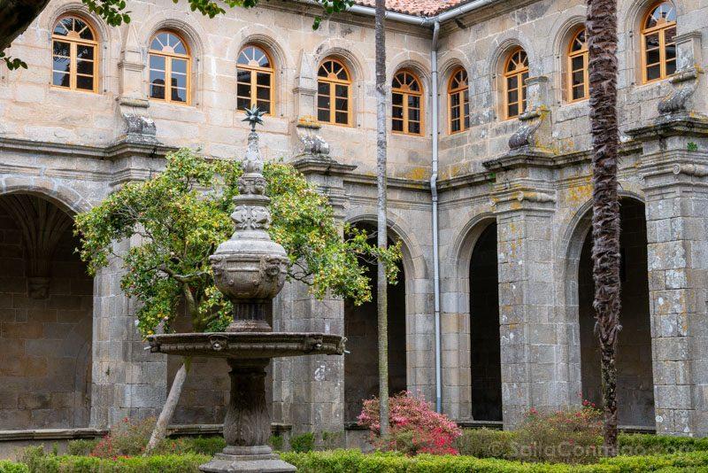 Monasterio San Juan Poio Claustro Procesional Fuente