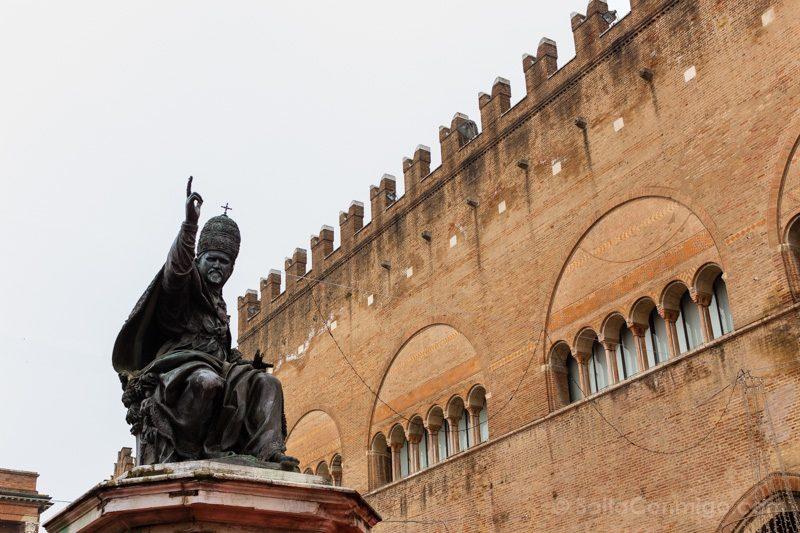 Que Ver En Rimini Piazza Cavour Papa Paulo V