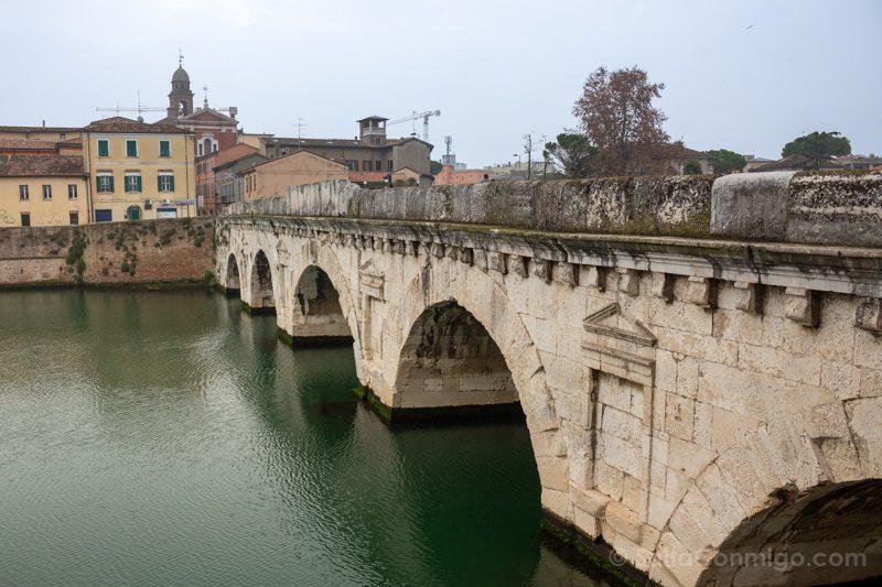 Que Ver En Rimini Puente Tiberio Angulo