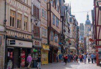 Que Ver En Rouen Rue du Gros Horloge