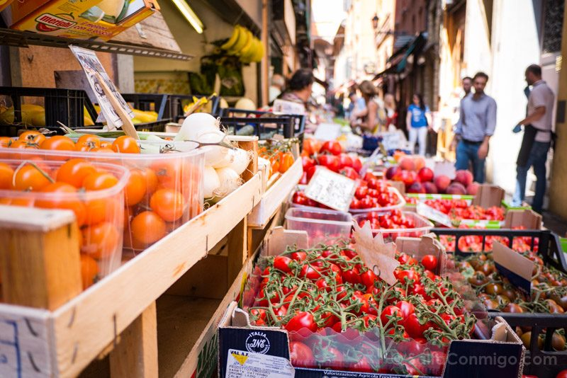 Que Ver en Bolonia Italia 3 Dias Pescherie Vecchie Fruteria