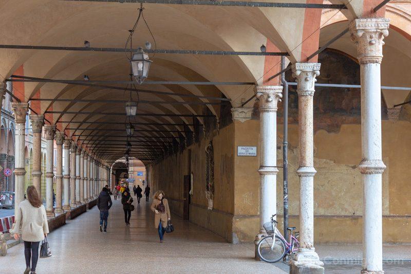 Que Ver en Bolonia Italia 3 Dias Soportales