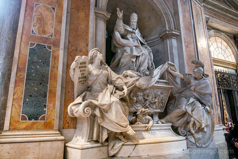 Basilica San Pedro Roma Monumentio Gregorio XIII