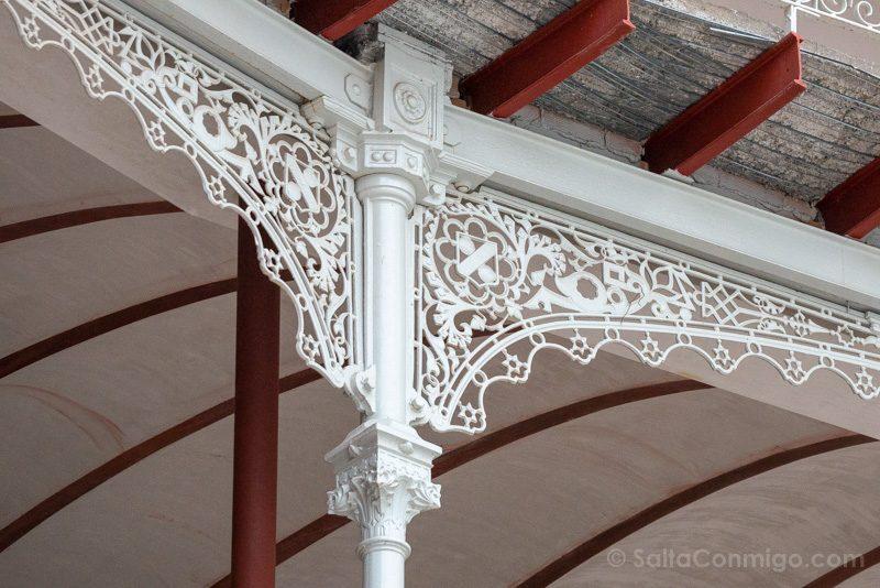 Beti-Jai Gradas Detalle Columna