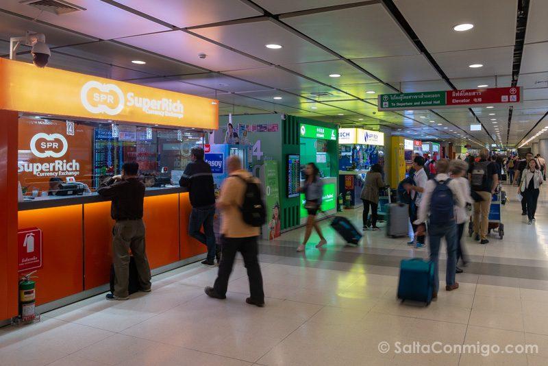 Dinero en Tailandia Casa Cambio Aeropuerto Metro SuperRich
