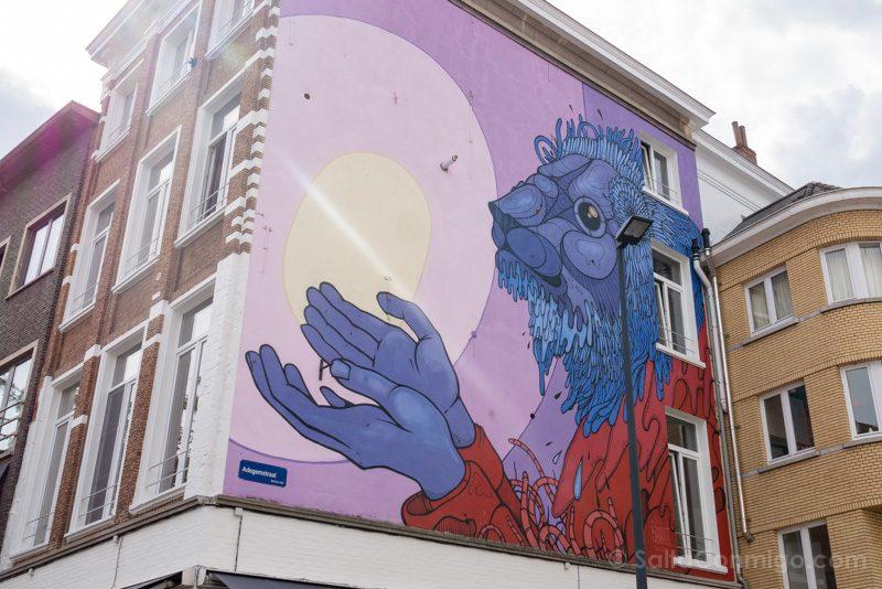 Murales de Malinas Gijs Vanhee The Gift