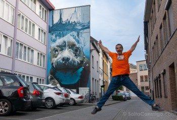 Murales de Malinas Smates Onderwaterhond Salto